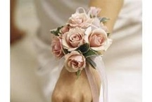 :: WEDDING :: wrist corsages / wedding wrist cprsages wristlets corsages flowers to wear bridesmaids mother of the bride / by Eufloria