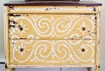 Painted Furniture / by Christine Smith