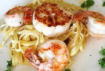 Recipes / by Jayme Klink