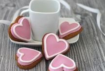 Sweets for your sweet / Decorated Valentine cookies to share with the one you love. See our ranges at www.imageonfood.co.uk