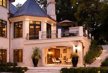 Ultimate Dream Home / by Brittney Nkadi