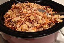Crock Pot Creations / by Rachel Quarles (The Poppy Shoppe)
