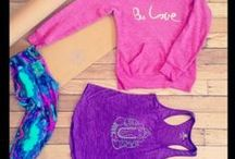 My Yoga Style / Love colourful cheerful and functional yoga outfits. Here are some of mind and some I would love!