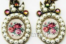 Jewelry: Michal Negrin