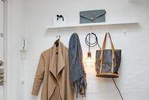 Entryways & Coat racks
