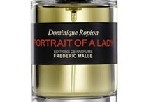 Scent of the Day / The perfume I'm wearing today.
