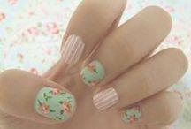 nails / by Maddie Cragun