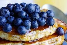 Eats: Berrylicious / by Jennifer Lunn