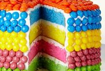CAKE AND CUPCAKES / Cake and cupcakes to pinspire you :-)