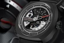 V3/01 / The third in the V-series and the second of the Racer set, the V3 will be released mid November. Inspired but industrial engines, the gun metal grey case is subtle while the carbon fibre & red highlights grab your attention.