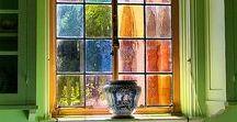 Okna a závěsy