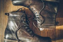 GEAR FOR FEET / Footwear for vintage/classic/neo-retro and custom motorcycle riders, [on and off the bike].