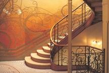 TS   ART NOUVEAU / Highlighting the history, characteristics, significance & modern application of Art Nouveau design...