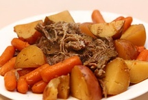 crockpot meals / by becky pontious