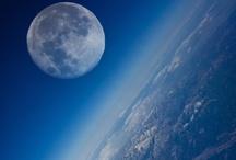 Moved by the moon / by Yvette Jordaan