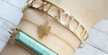 Bisutería y joyas: pulseras y brazaletes / Jewelry: bracelets / ¡Descubre nuestras pulseras y brazaletes originales y hechos a mano por nuestros diseñadores!