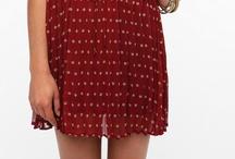 Dresses deserve an entire board, right? / by Pato Morado