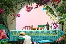 Bohemian to the core / An inspiration for a style that is at the same time comfy and colorful. For home decor, fashion and more.