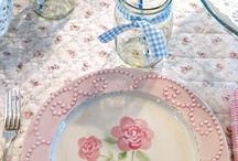 Pretty table settings / by Kimberly