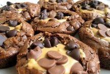 Cookies / by Lauren M