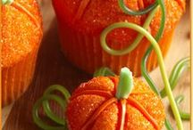 Thanksgiving Treats....Yummy!! / by Susan Rix