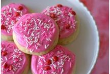 Valentine's Day Food / Delicious recipes for Valentine's Day. There are breakfast, lunch, dinner, treat, and dessert recipes in this collection.