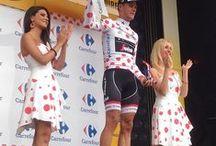 Podium girls / Les podium girls (hotesses protocolaires) des grandes compétitions cyclistes (Tour de France, Giro, Vuelta, etc) sont sur le Blog de l'Ardoisier : http://21virages.free.fr/blog/index.php?galleries