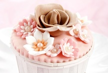 Beautiful cupcakes and ... / by Karmin