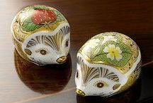 Collectables / Stunning glass, fine china and more in our range of collectables.