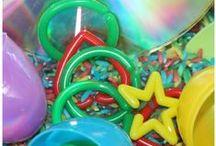 Sensory Learning / Ideas for sensory bins and sensory play.