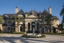 Home Exteriors - beautiful houses / Inspiration for nice gardens, patios, and houses