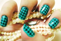 Nails. / by Lacey Gelzinis