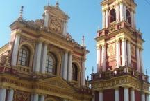 Arquitectura / En Argentina contamos con un patrimonio arquitectónico admirable. Edificios icónicos con fachadas, cúpulas y detalles únicos ¿Cuáles son las construcciones que más te gustan?