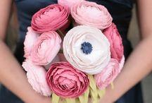 Flowers! / by Kelly Lazau
