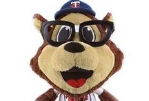 Back to School 2013 / Get ready to go back to school in some of your favorite Minnesota Twins gear!