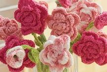 Crochet Flowers / by Sherrie Lamphere