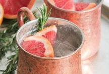 Summer cocktail recipes / Delicious drinks to sip on all summer long.