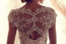 Wedding dresses / by Laura Velásquez