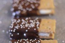 Bakery & desserts / by Sydney Webb