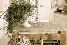 kitchens / by Lynn Coffey