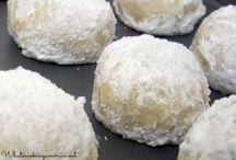 Bon Appétit - Biscuits / by Jane Escoffier