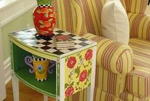 Pretty Painted Furniture / P / by Linda Garcia
