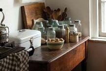 Interiors: Kitchen / by Angela Millan Garcia