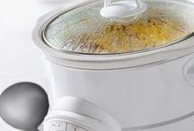 Food - Crock pot recipes / by Karen Goodson
