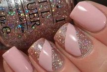 Nail Designs / Fashion for your fingertips. Nail polishes and nail designs and art that make you say wow.