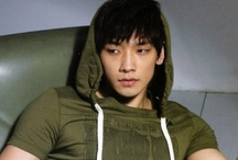 SixToFive / Rain's clothing line was GREAT for the time it was available. It really was. We'll always adore his fashion sense. :)