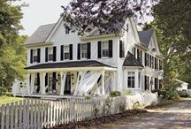 Houses I love / I definitely have a type of house I would love to live in, it probably has a veranda with a rocking chair on the porch!