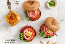 Charming eats // Burgers, bagels and sandwiches