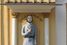 "Fattiggubbar/Vaivaisukkoja - Finland / The welcoming poor man statues (""men-at-alms"") outside churches in Finland tell a story of poverty and needs and give a hint about how the situation was handled in the parishes in past years. - Welcome to visit Finland!"