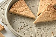 Yummy-Shortbread / Simple, buttery goodness. / by Eileen Myers